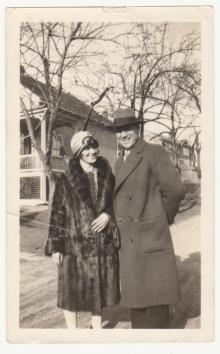 Axel Jönsson med okänd kvinna