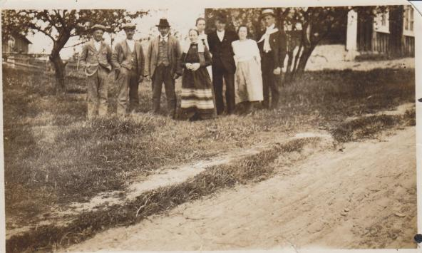 Familjen Olov Jönsson med familj