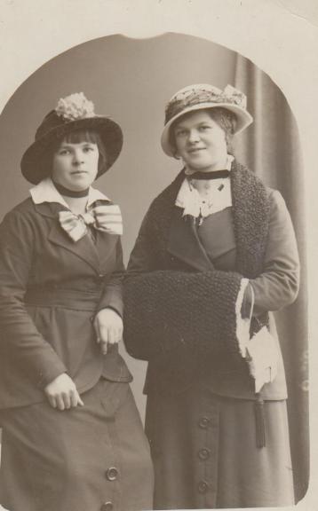 Hulda & Selma Jönsson