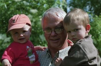Ken med barnbarnen Hannes & Jonatan Malmén